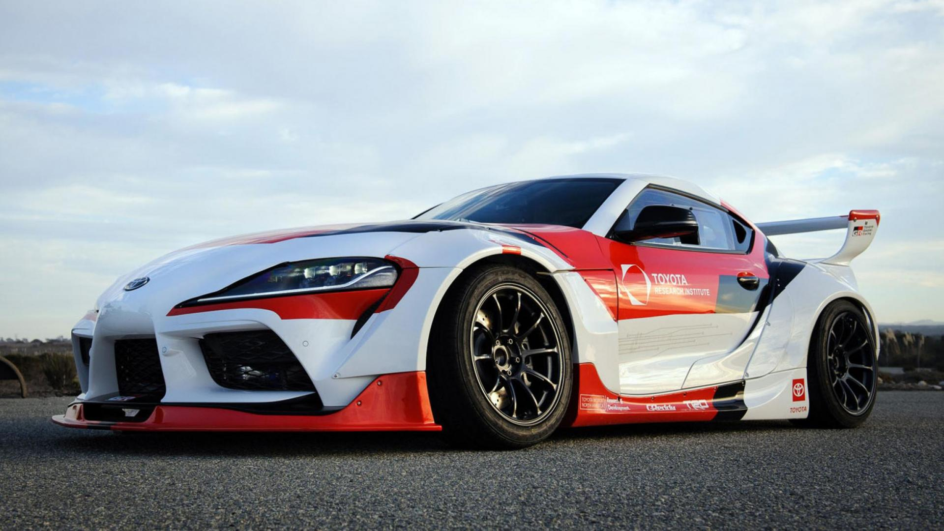 Toyota has developed a self driving supra drift car